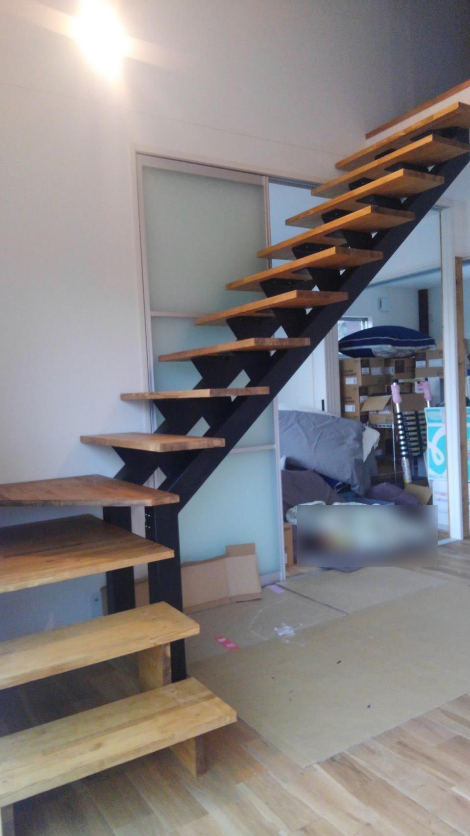 鉄骨デザイン階段 製作&取り付け工事